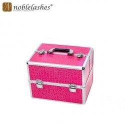 Kuferek różowy z motywem skóry
