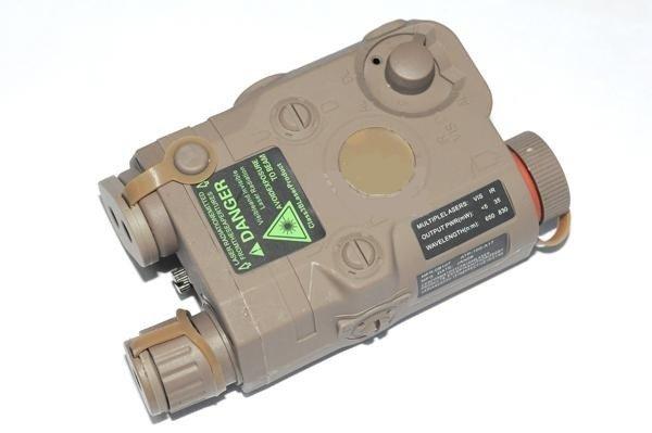 Pojemnik na akumulator AN/PEQ 15 -  tan