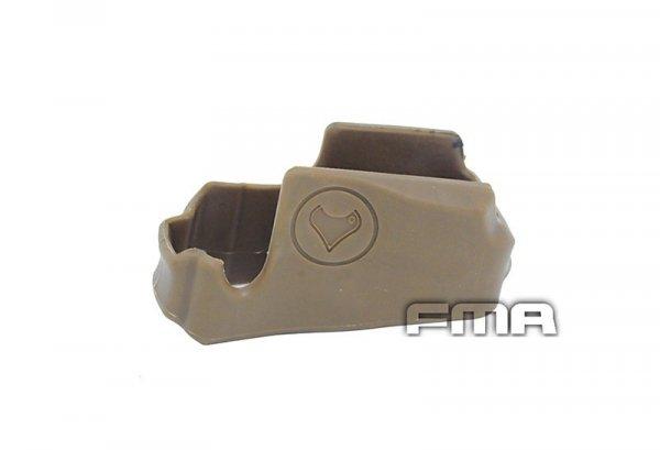 Gumowy chwyt na gniazdo magazynka do M4/M16