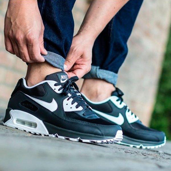 Buty Męskie Nike Air Max 90 Essential 537384 089 (Biały