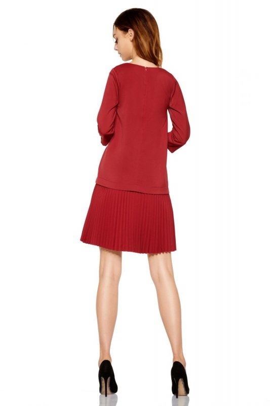 Prosta sukienka mini z plisowaniami L266 bordo