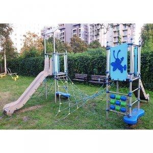 Plac zabaw szkolny 7