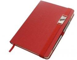 Notes A5 z długopisem zamykany na gumkę z blaszką - papier chamois w kratkę oprawa EKOSKÓRA LINEN czerwona(gumka czerwona)