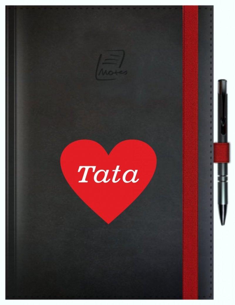 Notes A5 z długopisem zamykany na gumkę z blaszką - papier biały w kratkę ***** oprawa Vivella czarna (gumka czerwona) Z NADRUKIEM SERCE NA DZIEŃ TATY