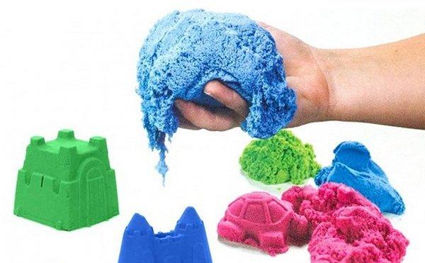 Piasek-kinetyczny-1-kg-w-woreczku-niebieski-1
