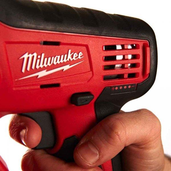 Znakomita młotowiertarka Milwaukee SDS-PLUS M12 H-402C