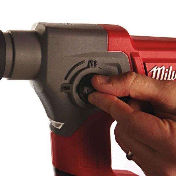 Znakomita młotowiertarka Milwaukee SDS-PLUS M12 CH-0
