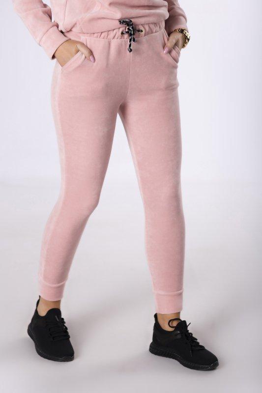 welurowe spodnie dresowe
