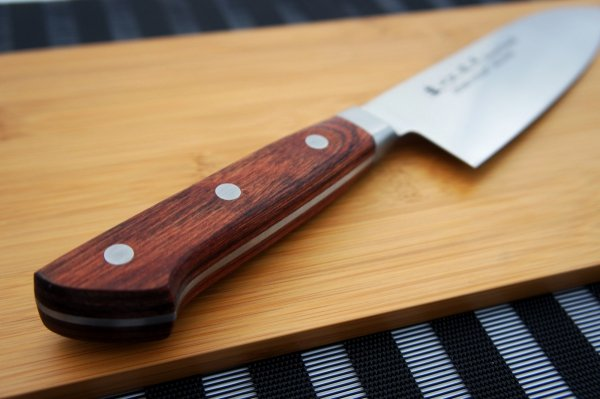Nóż Santoku 17cm Satake Kotori