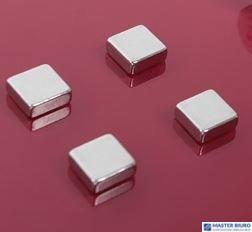 Bardzo mocne magnesy w kształcie kwadratu. 2X3 AM150