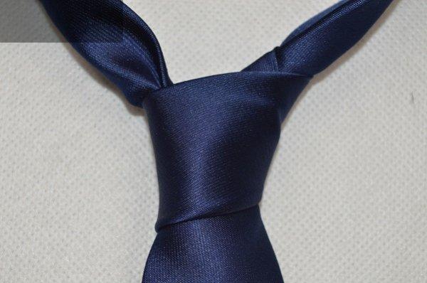 Jeśli problemem jest zawiązanie krawata zrobimy to za Ciebie.