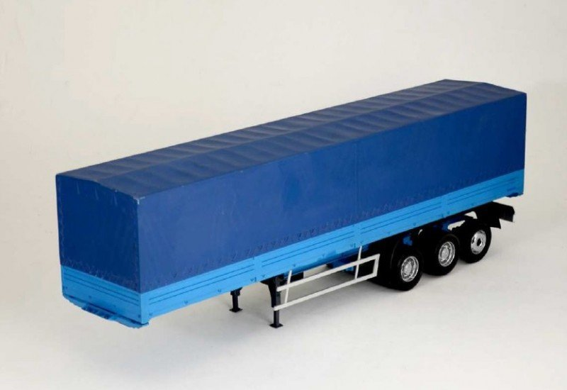 Italeri Classic Canvas Trailer