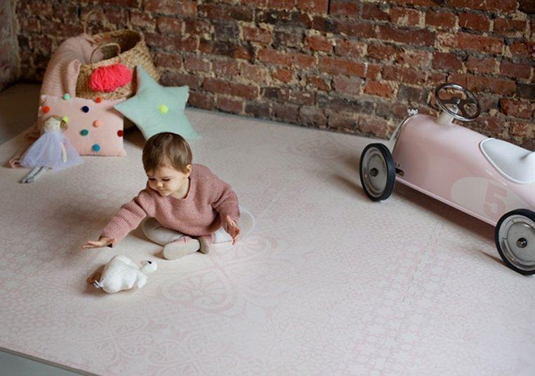 TODDLEKIND Mata do zabawy piankowa podłogowa Prettier Playmat Persian Blossom Light Pink