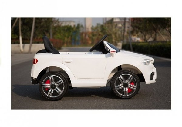 Auto na akumulator HL1538 Białe