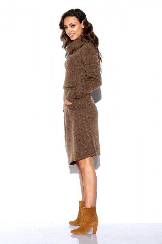 Sweterkowa sukienka z golfem i kieszeniami - StreetStyle LS257- capucino-3