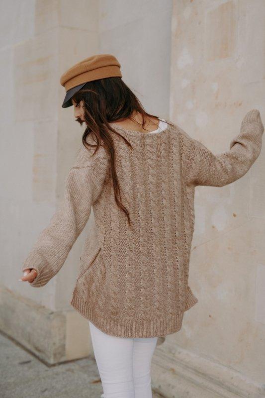 Sweter z guzikami i dłuższym tyłem - LS307-capucino -10