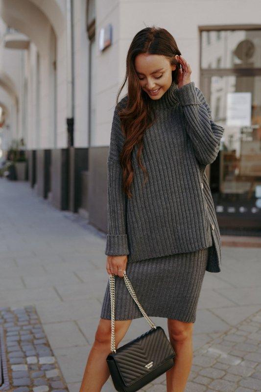 Komplet swetrowy – spódnica i sweter z golfem - grafit - 4