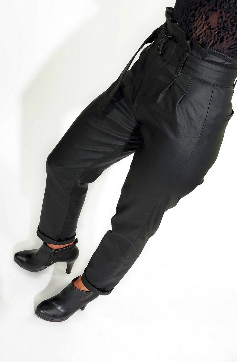 StreetStyle-spodnie-damskie-wiązane-eko-skóra-7