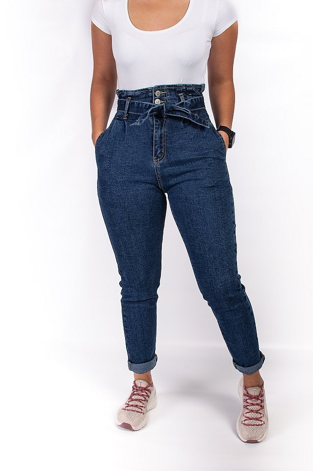 Jeansy mom fit - StreetStyle - 2