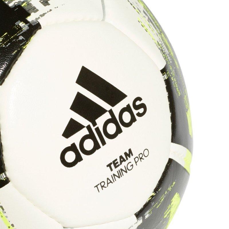 Piłka adidas Team Training CZ2233 biały 4