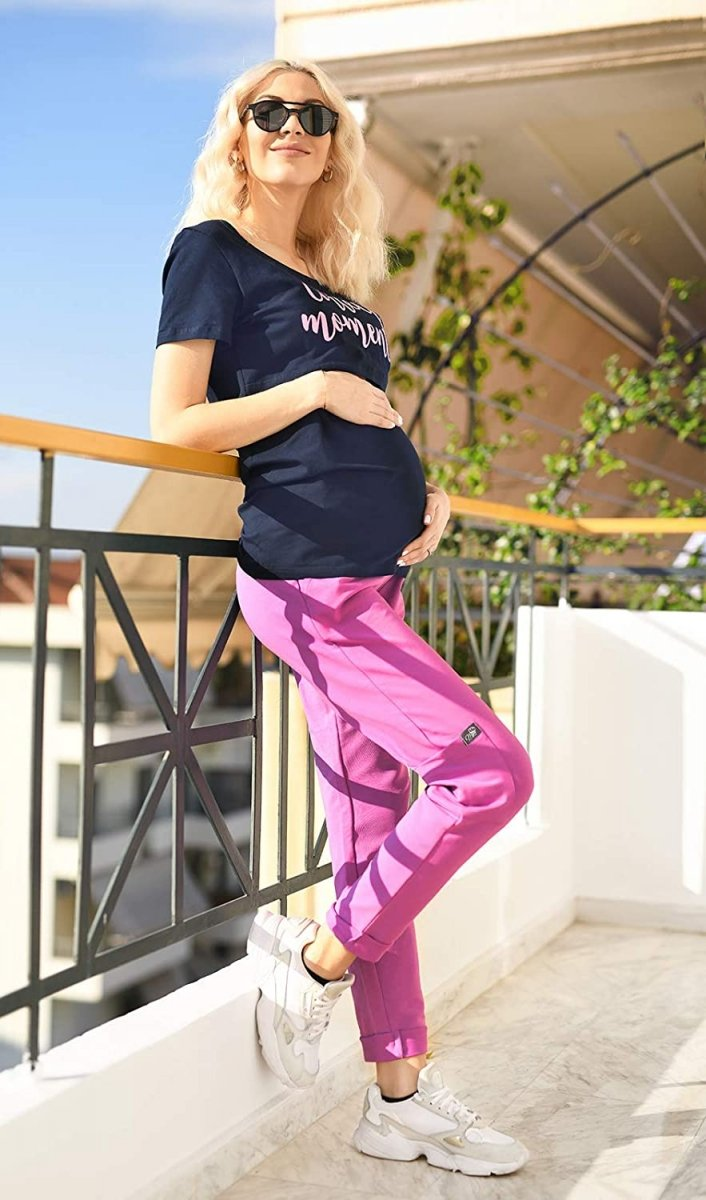 MijaCulture Wygodne spodnie dresowe ciążowe ZOE M002 róż2