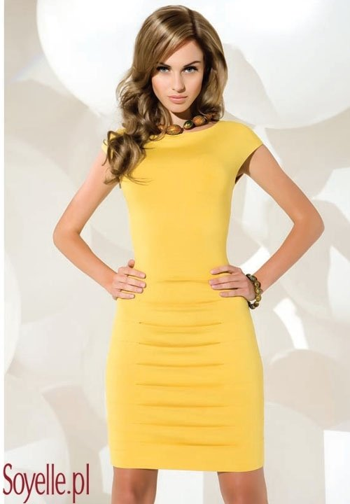 MARLENA żółta ołówkowa sukienka z krótkim rękawem - jedwab wiskozowy
