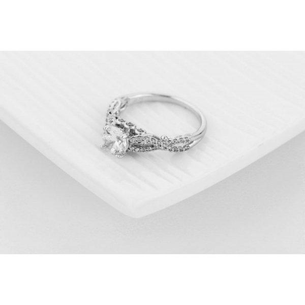 PIERŚCIONEK KRYSZTAŁKI STAL CHIRURGICZNA 471, Rozmiar pierścionków: US8 EU17