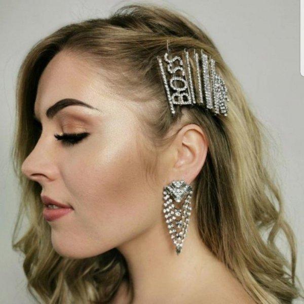 Wsuwka do włosów napis kryształ BOSS srebro SP82S