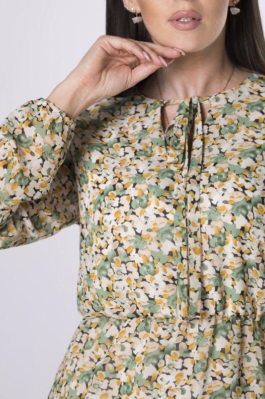sukienka w kwiaty z wiązaniem