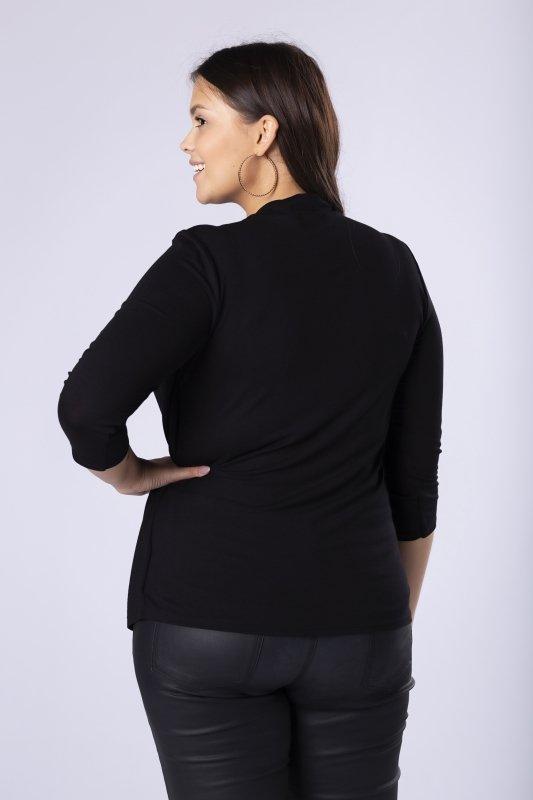 dzianinowa bluzka z błyszczącą aplikacją przy dekolcie i dodatkową narzutką