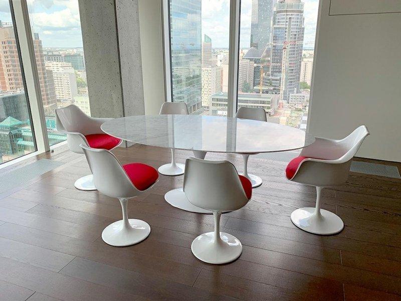Stół TULIP ELLIPSE MARBLE CARRARA biały - blat owalny marmurowy, metal