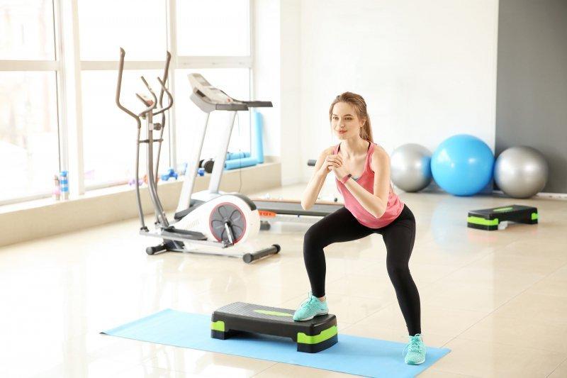 Step fitness do ćwiczeń areobik 2 stopnie podest