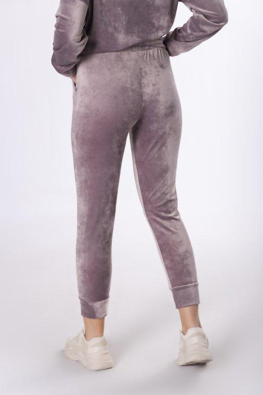 dresowe spodnie z weluru