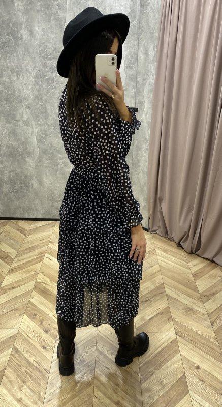 sukienka midi z falbanami