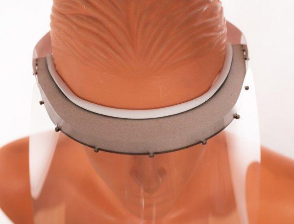 Przyłbica ochronna z zabezpieczeniem na czole - lekka