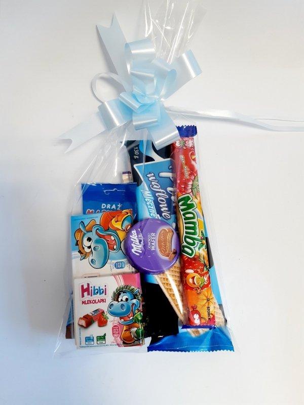 Paczka słodyczy dla dzieci na Komunię
