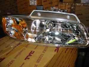 Lampa przednia Voyager/Grand Voyager Caravan/Grand Caravan 96-00 USA