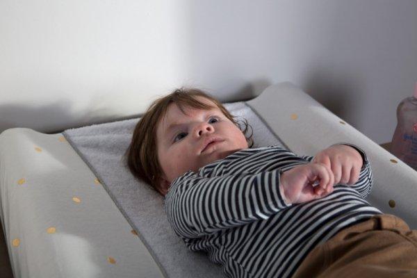 Childhome Pokrowiec na przewijak 70 x 50 cm Gold Dots