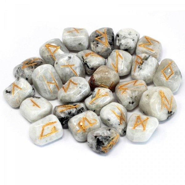 alfabet runiczny na kamieniach - kamienie runiczne, Runy z kamienia Księżycowego w woreczku