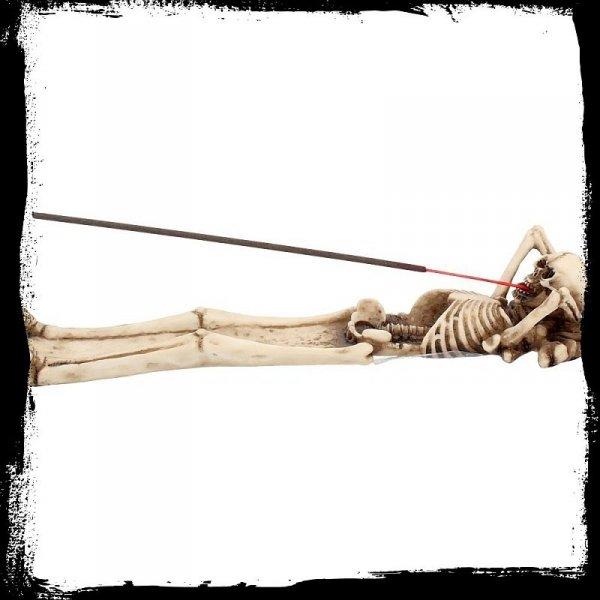szkielet czaszka podstawa podstawka na kadzidełka kadzidła ze szkieletem gotyckie gadżety prezenty