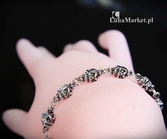 """""""Czaszki"""" - bransoletka z małych czaszek, biżuteria z czaszkami"""