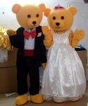 Strój reklamowy - Para Miśków na ślubnym kobiercu 2