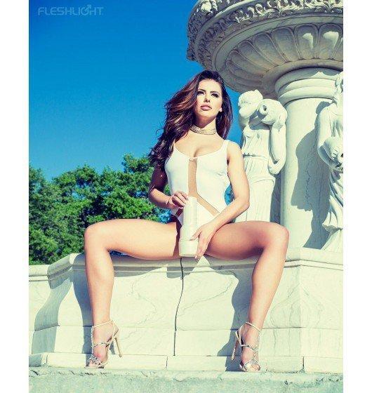 Masturbator Fleshlight Girls - Adriana Chechik Empress