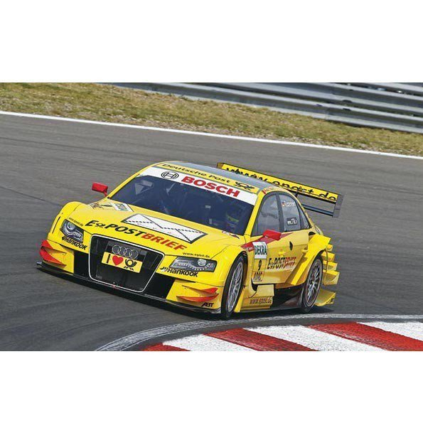 REVELL Audi A4 DTM 2011 M. Rockenfeller