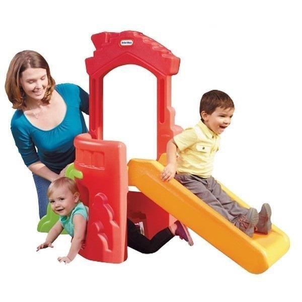 Mini plac zabaw ze zjeżdżalnią