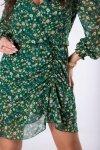 szyfonowa sukienka z marszczeniem