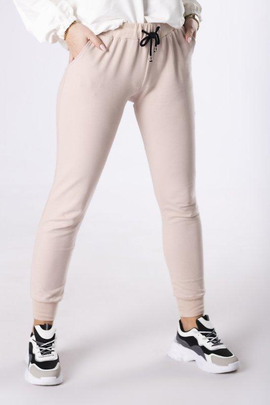 dresowe spodnie ze ściągaczem w pasie
