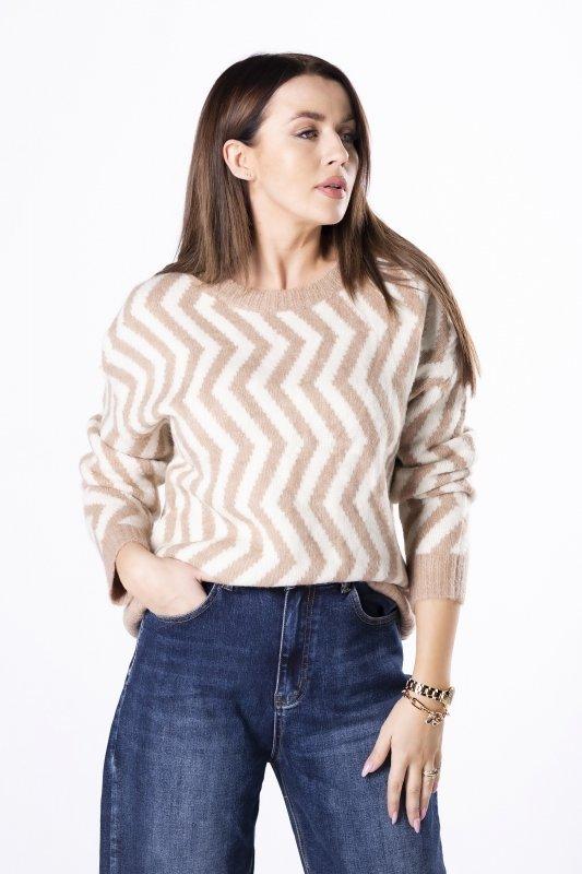 luźny sweter w zygzaki