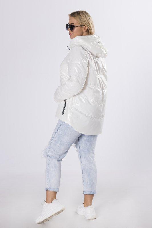 foliowana kurtka o prostym kroju
