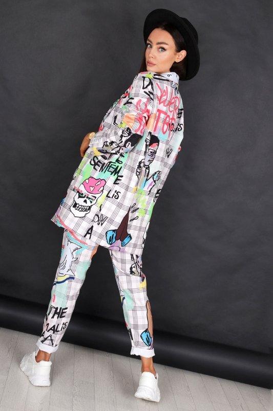 wzorzyste spodnie cygaretki